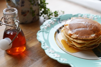 pancakes-with-lady-lavendar-syrup