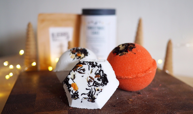 Tea bath bombs